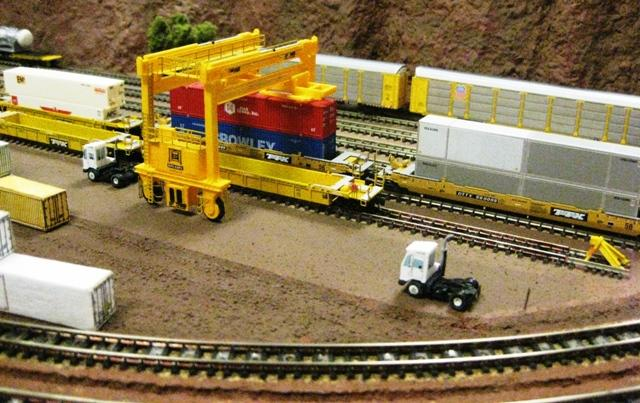 Rockville Md, train show- 2010