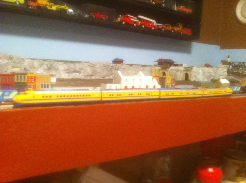 z scale dr yellow